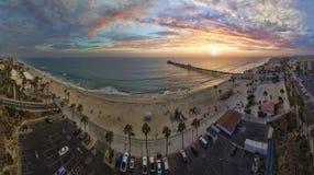 Coucher du soleil dans l'Oceanside Photographie stock