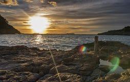Coucher du soleil dans la baie Photo libre de droits