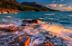 Coucher du soleil dans la baie de lune de miel Image stock