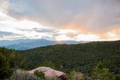 Coucher du soleil dans la distance Photo libre de droits