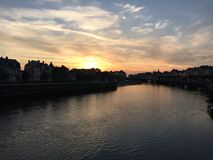 Coucher du soleil dans la marina de Deuville Photo stock