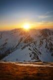 Coucher du soleil dans la montagne occidentale de tatra Photos stock