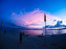 Coucher du soleil dans la province de Quezon d'île de Cagbalete image libre de droits