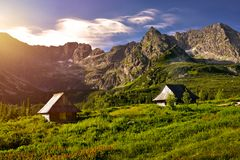 Coucher du soleil dans la vallée de Gasienicowa Montagne de Tatra Photos libres de droits