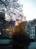 Coucher du soleil dans la ville Images libres de droits
