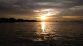 Coucher du soleil dans le Bengale-Occidental Photos stock