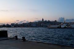 Coucher du soleil dans le Bosphorus Image libre de droits