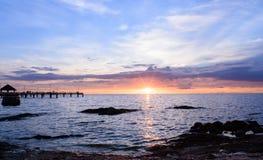 Coucher du soleil dans le coup sean Chon Buri Image stock