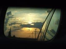 Coucher du soleil dans le miroir Photo libre de droits