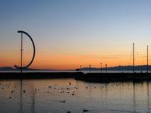 Coucher du soleil dans le port 06, Lausanne, Suisse d'Ouchy Images libres de droits