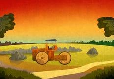 Coucher du soleil dans les domaines avec cultiver le véhicule Photo libre de droits