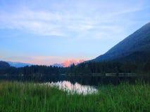 Coucher du soleil dans les montagnes dans le Tirol Photo libre de droits