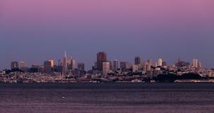 Coucher du soleil dans même San Francisco California Cityscape banque de vidéos