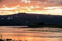 Coucher du soleil dans Moldau Photographie stock libre de droits