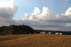 Coucher du soleil dans Monticchiello   Photo stock