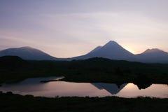 Coucher du soleil dans mountain1 Image libre de droits