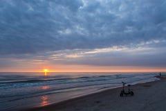 Coucher du soleil dans Palanga Image libre de droits