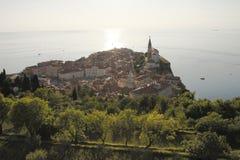 Coucher du soleil dans Piran, Slovénie Photos stock
