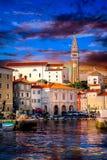 Coucher du soleil dans Piran Slovinia photographie stock