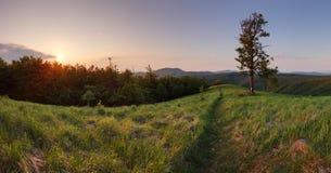 Coucher du soleil dans Skalnata maximal en montagne de la Slovaquie - petit carpathien image libre de droits
