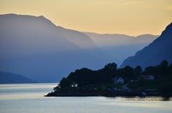 Coucher du soleil dans Skjolden Images stock