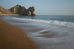 Coucher du soleil de baie de Kimmeridge photos stock
