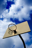 Coucher du soleil de basket-ball Images stock