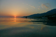 Coucher du soleil de bord de la mer de Starigrad-Paklenica Photo stock