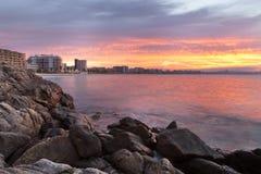 Coucher du soleil de Brava de côte Photographie stock libre de droits
