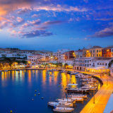 Coucher du soleil de Calasfonts Cales Fonts Port dans Mahon chez Balearics Image stock