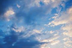 coucher du soleil de ciel nuageux Photo libre de droits