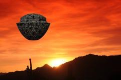 Coucher du soleil de désert de vaisseau spatial Photos stock