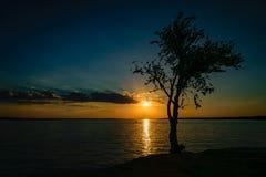 Coucher du soleil de deux sons Photographie stock