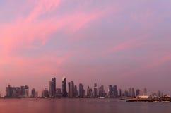 Coucher du soleil de Doha Photos stock
