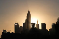 Coucher du soleil de Dubaï images libres de droits