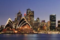 Coucher du soleil de fin de Sydney Kiribilli CBD photo libre de droits