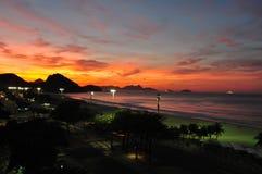Coucher du soleil de Fisrt à Rio Images libres de droits