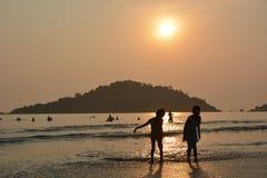 Coucher du soleil de Goa Photos stock