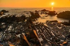 Coucher du soleil de Hartland Quay photographie stock