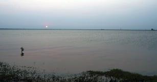 Coucher du soleil de Hefner de lac Image libre de droits