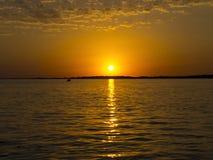 Coucher du soleil de l'eau Photo stock