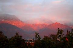 Coucher du soleil de l'Himalaya de dharamsala Inde Photos stock