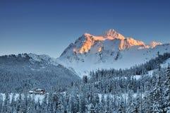 Coucher du soleil de l'hiver de Shuksan de support photos libres de droits
