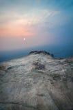 Coucher du soleil de la falaise Images stock