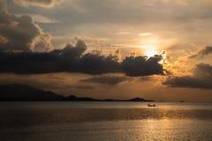 Coucher du soleil de la Thaïlande - Koh Samui Photos libres de droits