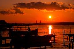 Coucher du soleil de lac Photos libres de droits