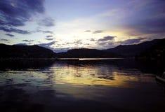 coucher du soleil de lac photo stock