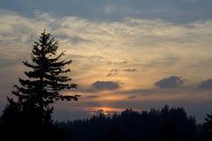 coucher du soleil de lac de cratère image libre de droits