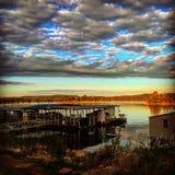 Coucher du soleil de lac rock de Tableau Image stock
