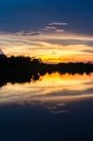 Coucher du soleil de Lakeside Image stock